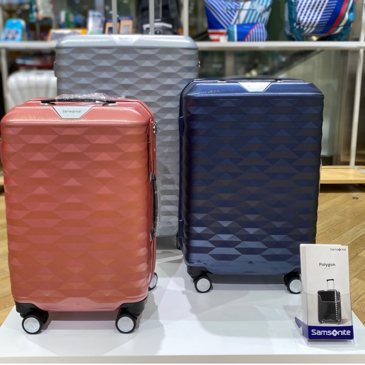 旅行といえばスーツケース。